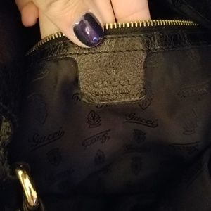 Gucci Bags - Gucci Leather Charlotte Medium Hobo Bag